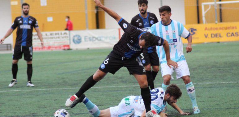 UB Lebrijana 2-1 Xerez DFC: El acierto y desacierto en las áreas determinan la primera derrota azulina de la temporada