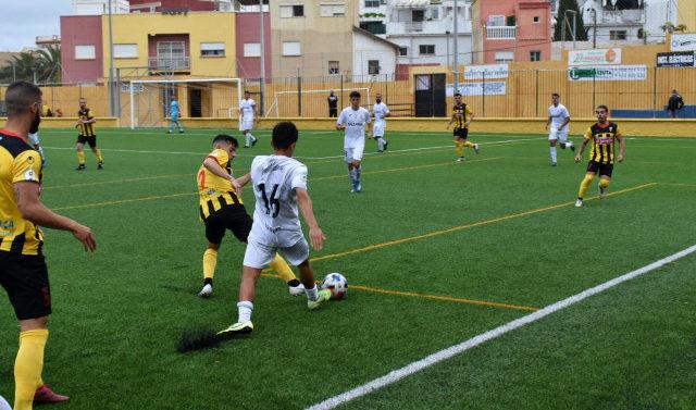 La AD Ceuta vence al San Roque de Lepe y José Juan Romero pide parar la fase de ascenso con el Xerez DFC de por medio