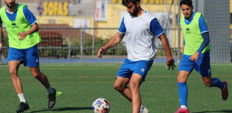 El Xerez DFC se entrena en Picadueñas (10:00) preparando el debut en la fase de ascenso