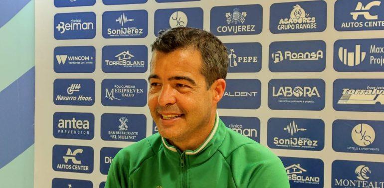 Pérez Herrera atenderá a los medios de comunicación antes de medirse al Puente Genil (12:00)