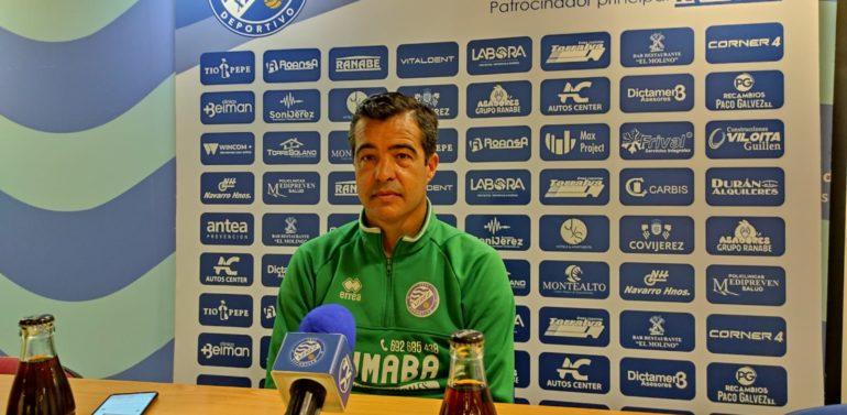 """El entrenador del Xerez DFC agradece a la afición su """"esfuerzo extra"""""""