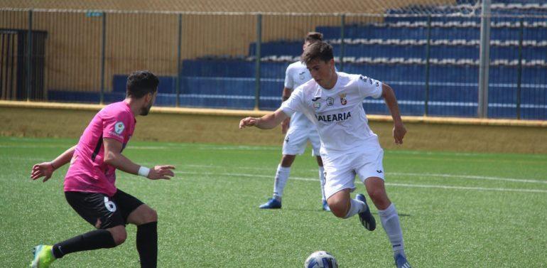 El Ciudad de Lucena vence en Ceuta con remontada y polémica final (2-3)