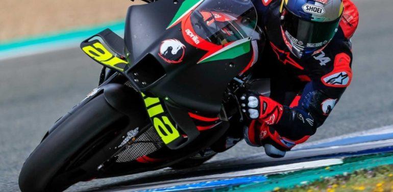 Dovizioso rueda en Jerez