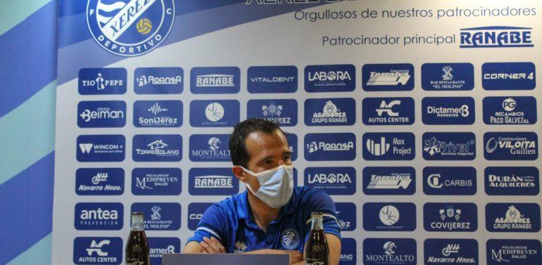 """Bruno Herrero, autor del gol del empate frente al San Roque de Lepe, terminó contento con el partido del equipo: """"La actitud de la segunda parte nos ha reforzado"""""""