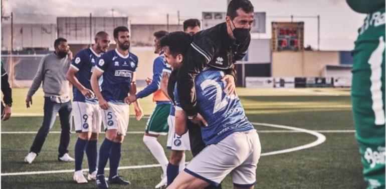 "Curro Rivelott, la sorpresa de la temporada en el Xerez DFC: ""Son sensaciones que nunca me imaginé"""