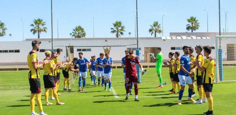 Ejemplar pasillo del San Roque de Lepe al Xerez DFC tras su campeonato de Tercera