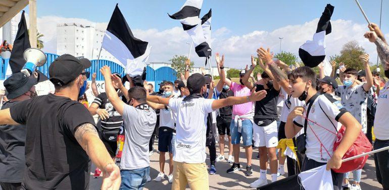 La Federación de Fútbol de Ceuta ruega a todos los caballas que se desplazaron a Jerez a que se realicen un test Covid