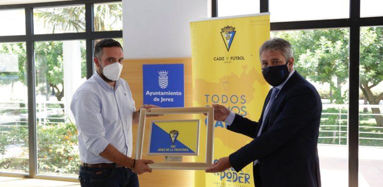 El Ayuntamiento de Jerez vuelve a recibir al Cádiz CF