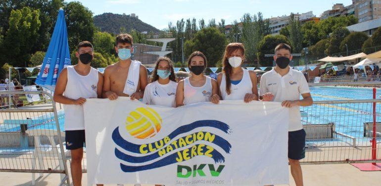 Gran actuación de los nadadores del DKV Jerez en el XV Campeonato Andaluz celebrado en Salobreja