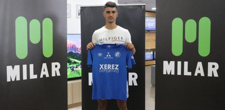"""El Xerez DFC presenta a Ocaña: """"Mejorar como futbolista es lo primordial"""""""