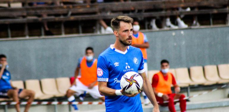 Manu Castillo, defensa del Xerez Deportivo, sancionado con un partido