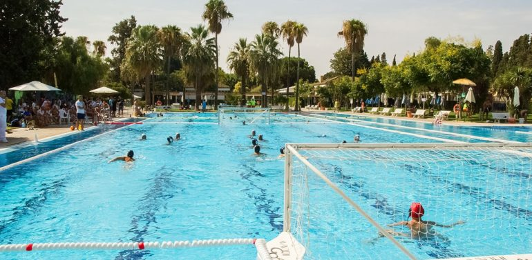 El DKV Jerez se prepara para el Torneo de Waterpolo Club Nazaret