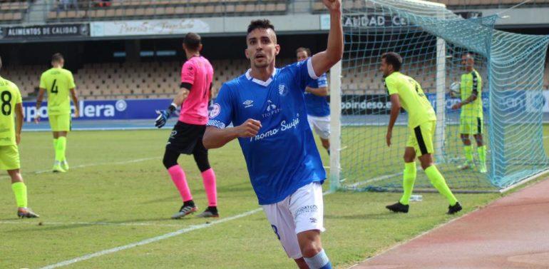 Darío Guti entra en la historia del Xerez Deportivo FC con el gol 600
