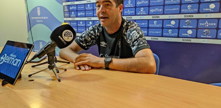 """Pérez Herrera, técnico del Xerez Deportivo FC, antes de viajar a Canarias: """"Tendremos que hacer las cosas muy bien para llevarnos puntos"""""""