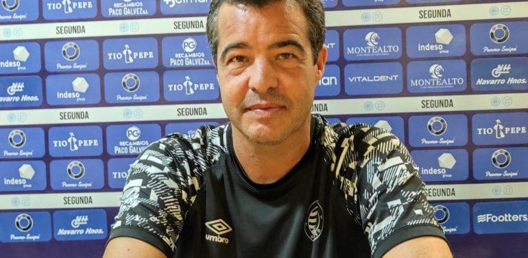 """Pérez Herrera, técnico del Xerez Deportivo FC, antes de recibir al Ceuta: """"Se nos presenta una oportunidad atractiva de enlazar tres victorias consecutivas"""""""